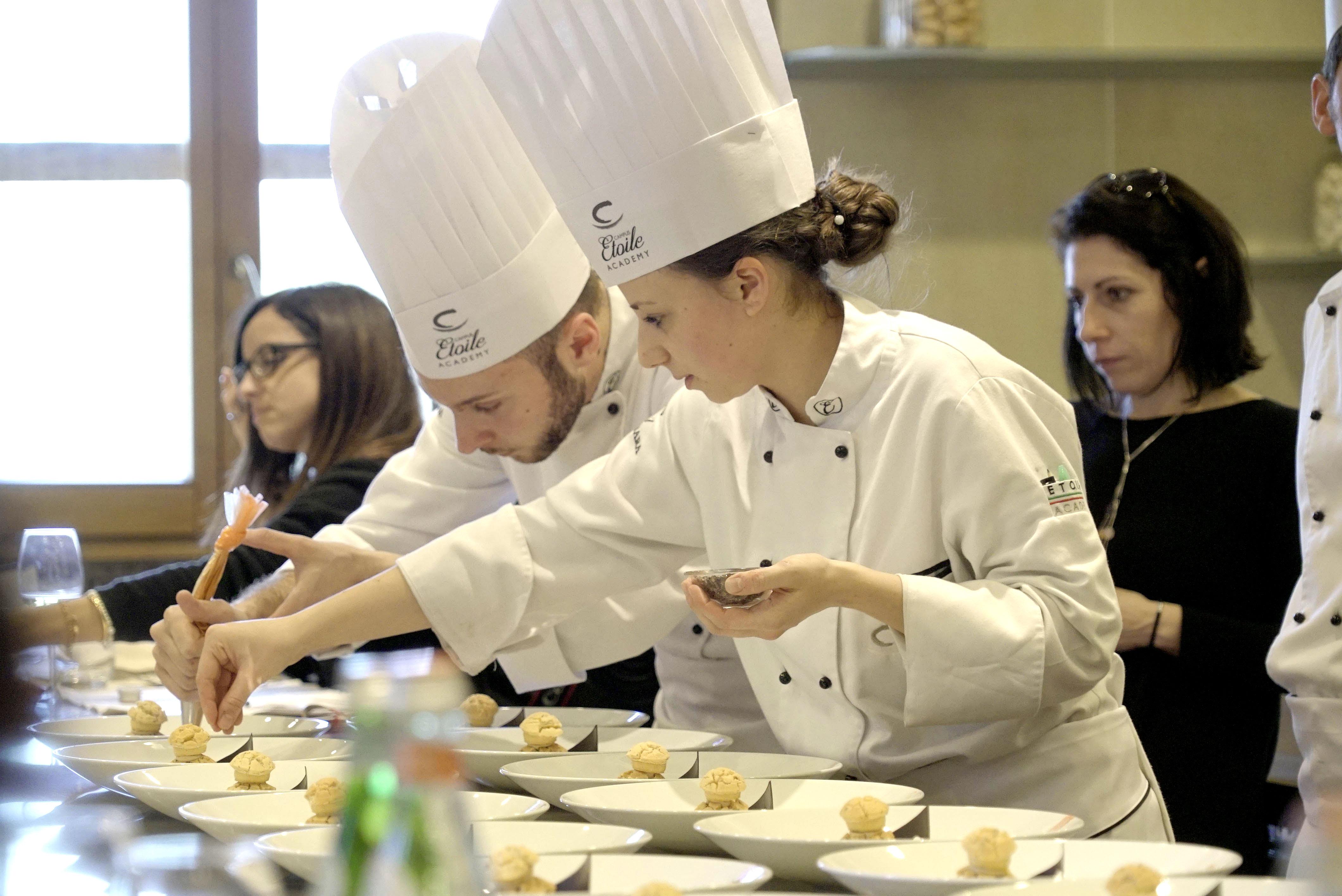 Diventare Chef Salutista Il Corso Del Campus Etoile Academy Mangiaebevi
