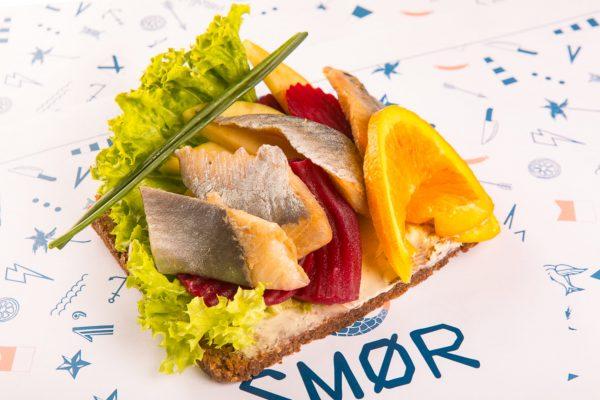 Smor la cucina vichinga a roma mangiaebevi for Roma piatti tipici