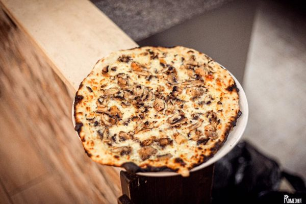 180g pizza romana