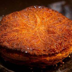 Galette Des Rois: simbologie antiche, nuove sfide e la ricetta originale svelata da Le Carré Français