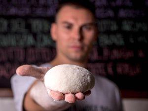 """""""Te la do io la Pizza Romana"""": Jacopo Mercuro  Raddoppia a Centocelle. Vincono Talento e Coraggio imprenditoriale"""