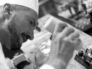 Intervista ad Antonino Maresca, il timido pasticcere che prepara dolci sfrontati