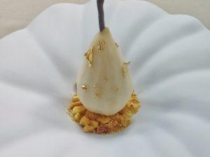Pera al pepe, namelaka e crumble di Andrea Riva Moscara