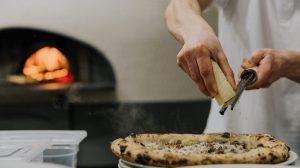 Pupillo: Luca Mastracci sbarca a Frosinone con pizza e fritti partenopei
