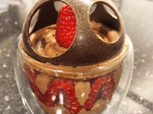 Il bicchiere dell'amore. La ricetta al cioccolato firmata Davide Comaschi