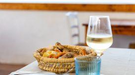 Trattoria di Mare de La Playa: a Locri, la cucina calabrese scende in spiaggia