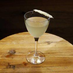 """Martini In&Out, il drink """"cacio e pepe"""" di Gabriele Stillitani"""