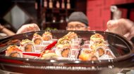 "This is Not a Sushi Bar: la quinta apertura a Milano con tavoli e ""consolle"" per i sushi-men"