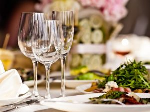 I ristoranti americani ripartiranno prima degli italiani? Parola a Trump