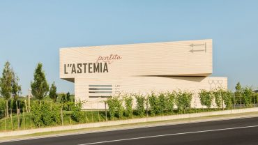 """L""""Astemia Pentita. La cantina dall'animo pop nella zona del Barolo"""