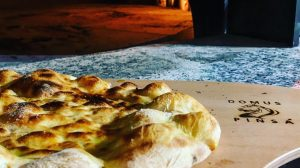 Domus Pinsa Deluxe: la pinsa nel cuore di Roma