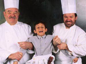 Pierre Troisgros e l'eredità gastronomica del Ristorante Tre Stelle Michelin più longevo al mondo