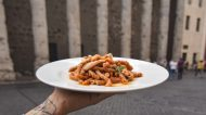 Roma. Cosa si mangia all'Osteria dell'Ingegno, storico locale a due passi dal Pantheon
