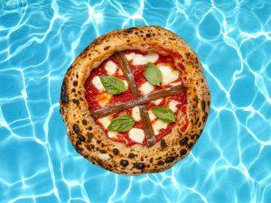Roscioli va in piscina e raddoppia con Max Giusti Pizza & Cucina, in una parola: ROSCIOLINO