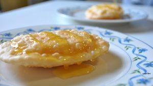 Seada to go: la frittella sarda diventa street food