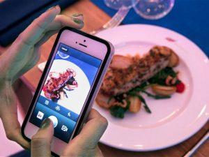 Tra gli italiani è food selfie mania