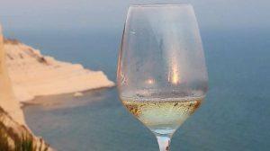 Sicilia in Bolle, il festival delle bollicine alla Scala dei Turchi
