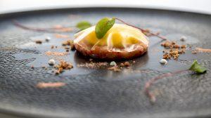 Tartar di gamberi rossi, prosciutto e melone di Francesco Apreda