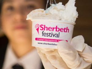 Catania: lo Sherbeth Festival, sbarca piedi del Vulcano
